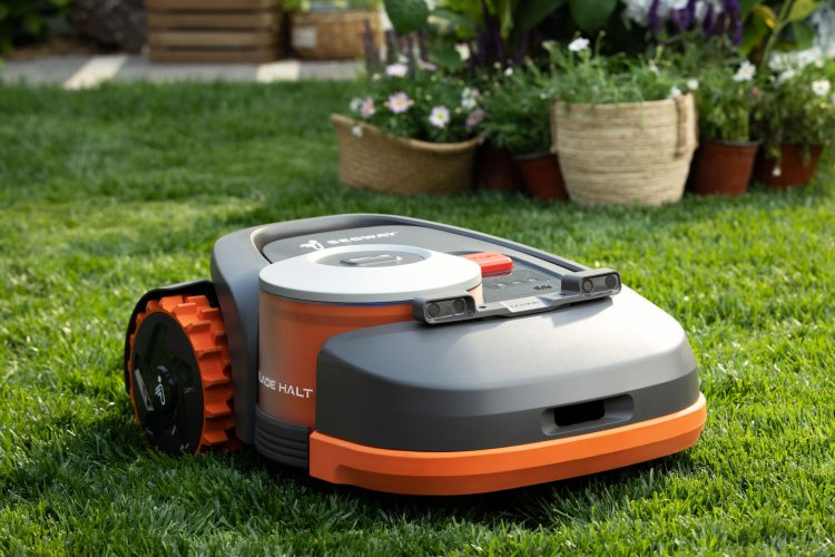 Segway's robot mower uses GPS to stay on your lawn