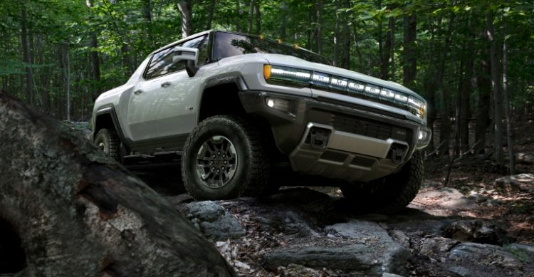 GM details the motors that will power its electric Hummer and other EVs